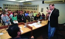 Pedaladas podem custar permanência de Bernal na Prefeitura
