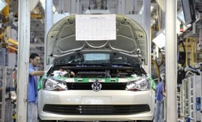 Volkswagen vai reduzi investimento em 1 bilhão