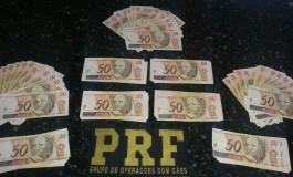 Homem é preso com mais de R$ 8 mil falsos comprados no Paraguai