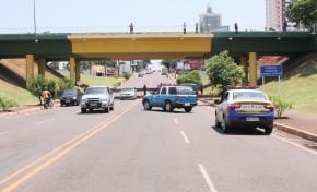 Homem se joga do viaduto da Avenida Afonso Pena sobre a Ceará