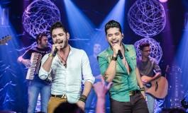 Max Moura e Cristiano animam festival musical em Campo Grande
