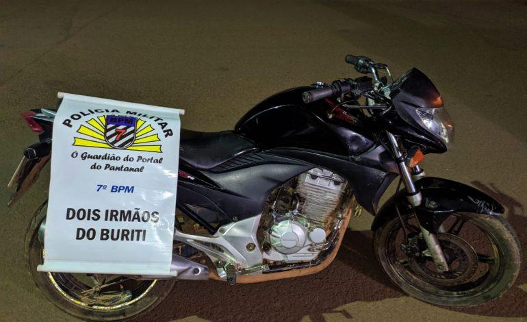 Polícia Militar de Dois Irmãos recupera moto furtada na Capital e prende receptador