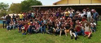 Encontro reúne jovens em Aquidauana