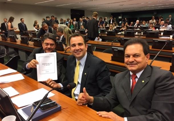 CCJ da Câmara aprova projeto que cria sociedade individual do advogado