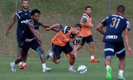 Marcelo Oliveira exige evolução do Palmeiras em longo treino em Atibaia