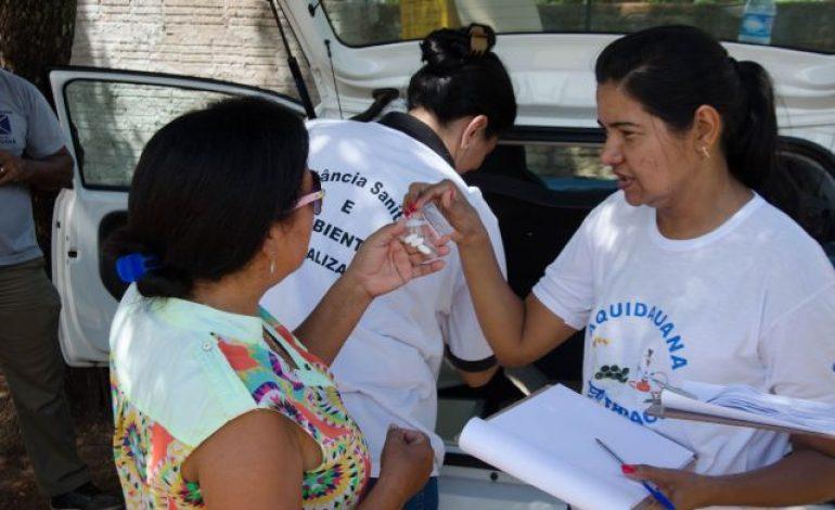 População recebe vacinação e atendimento de saúde após enchente em Aquidauana