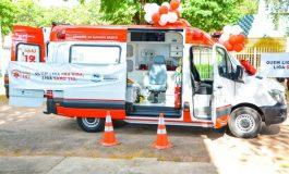 Ambulância 0km e desfibrilador automático reforçam o atendimento do SAMU