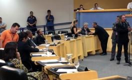 Vereadores investigados têm até segunda para apresentar defesa na Comissão de Ética