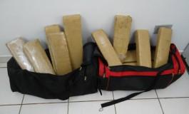 Mulheres são presas com droga nas bolsas em Dourados