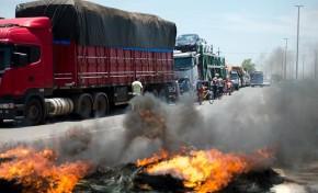 PRF registra 48 manifestações de caminhoneiros em 11 estados