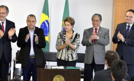 Dilma sanciona lei que institui o Programa de Proteção ao Emprego