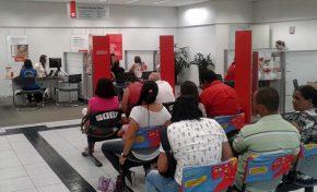 Procon autua 12 agências de cinco redes bancárias em Campo Grande