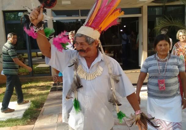 Índios recepcionam Ministro da Justiça na Governadoria