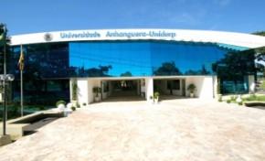 Uniderp oferece bolsa integral ao primeiro colocado do vestibular