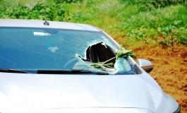 Motorista morre ao ser atingido por peça de caminhão na BR-267