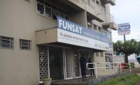 Funsat oferece vagas auxiliar financeiro, caixa no comércio e recuperador de crédito