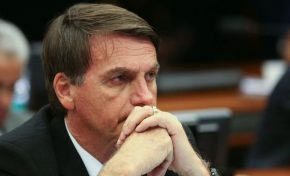 Bolsonaro defende dobrar validade da CNH de cinco para dez anos
