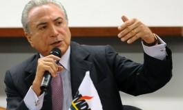 Bancada do PMDB no Senado quer retirar Temer do comando do partido