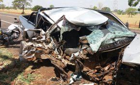 Ultrapassagem quase termina em tragédia na BR-262 em Dois Irmãos do Buriti