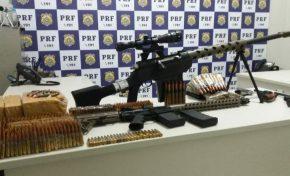 Arsenal de guerra apreendido pela PRF em MS seria usado em assaltos a carro-forte