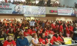 Protesto de servidores estaduais lota Assembleia Legislativa