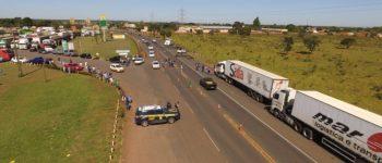 Greve dos caminhoneiros já afeta 80% das indústrias em Mato Grosso do Sul