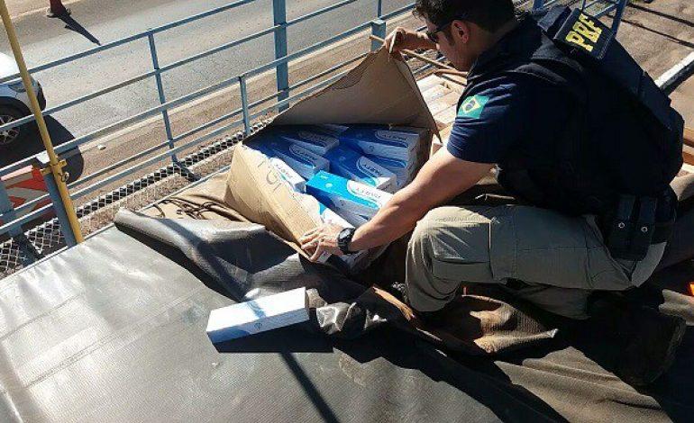 Carretas são apreendidas transportando 400 mil maços de cigarros do Paraguai