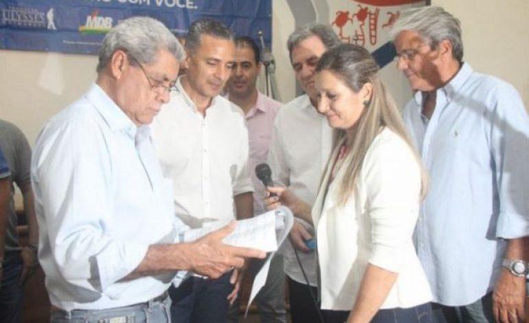 """André Puccinelli recebe """"Carta de Aquidauana"""" em agenda no município"""