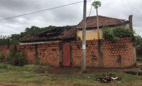 Imóvel onde morava assassino de travesti é incendiada e verdadeiro proprietário fica com o prejuízo