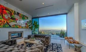 Jovem de 23 anos compra mansão de R$ 18 milhões