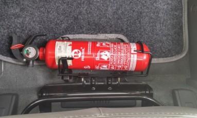 Extintor deixa de ser obrigatório nos carros