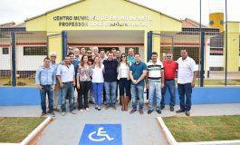 """""""Um filho de vários pais"""", diz prefeito sobre inauguração de CMEI no Nova Aquidauana"""