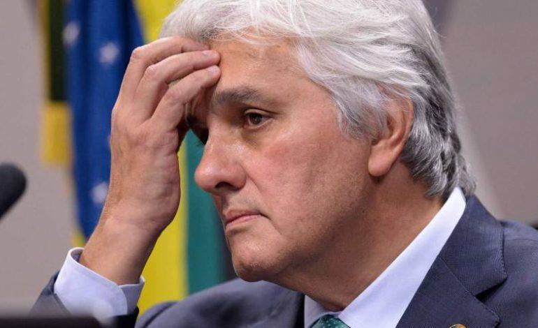 Decisões do TRF derruba liminar e mantém Delcídio do Amaral inelegível ao Senado