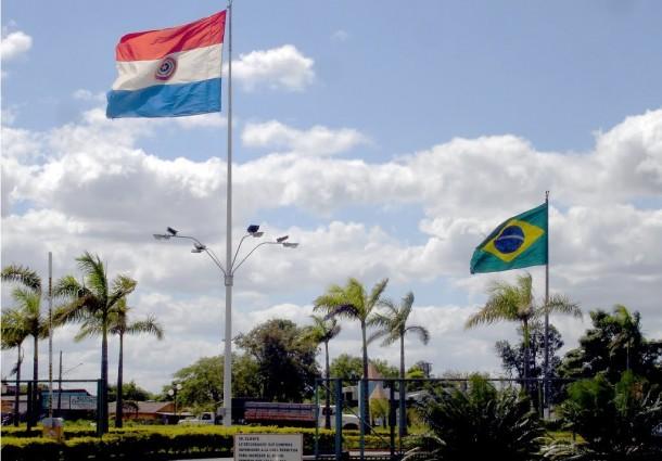Empresas brasileiras vão para o Paraguai em busca de menores custos