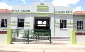 Governo reforma escola em Miranda abandonada há 24 anos