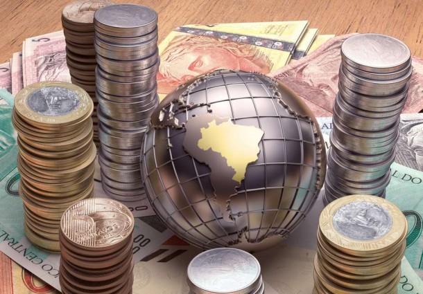 Governo prevê balança comercial positiva em US$ 15 bilhões