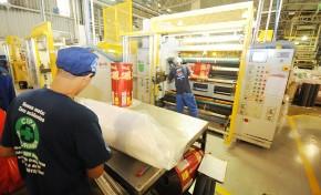 Indústria estadual já abriu 1.468 novas vagas de emprego no ano