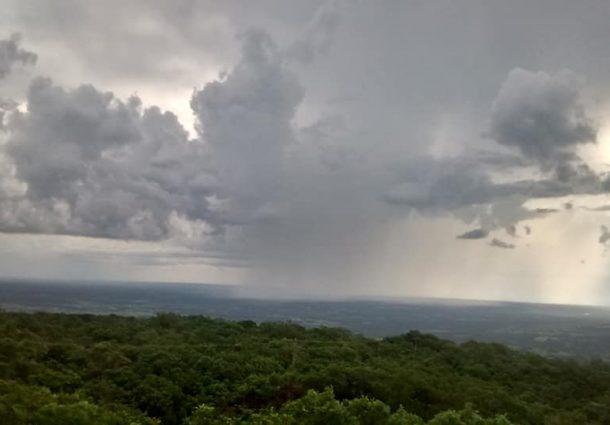 Mais de 50 cidades de MS estão em alerta de tempestade com granizo