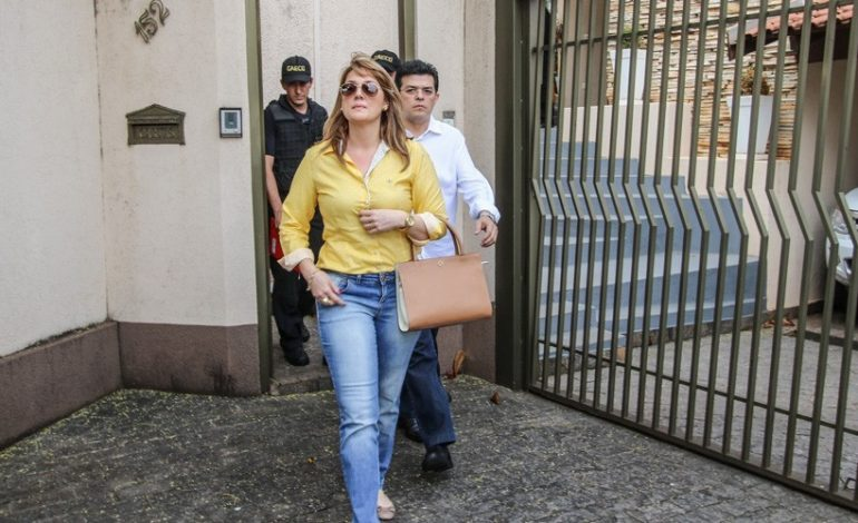 Juiz autoriza casal Olarte a retirar tornozeleiras