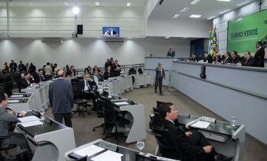 Vereadores aprovam Refis, proibição do narguilé, seis projetos e mantêm dois Vetos