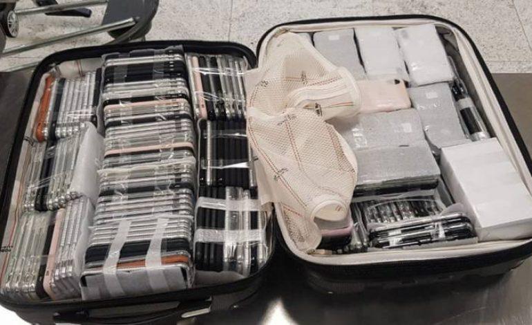 Homem é preso com 246 iPhones em mala no Aeroporto de Guarulhos