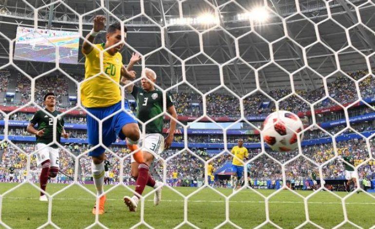 Brasil vence México e avança às quartas de final da Copa