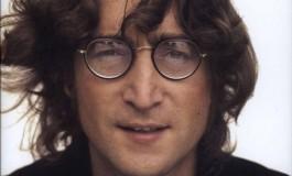 Violão de John Lennon chega a R$ 9 milhões em leilão