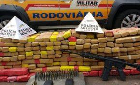Jovem de MS é detido em MG com drogas, fuzil e munições escondidos em Kombi