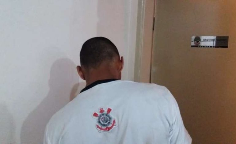 Jovem é preso por porte ilegal de arma e ameaça ao próprio irmão