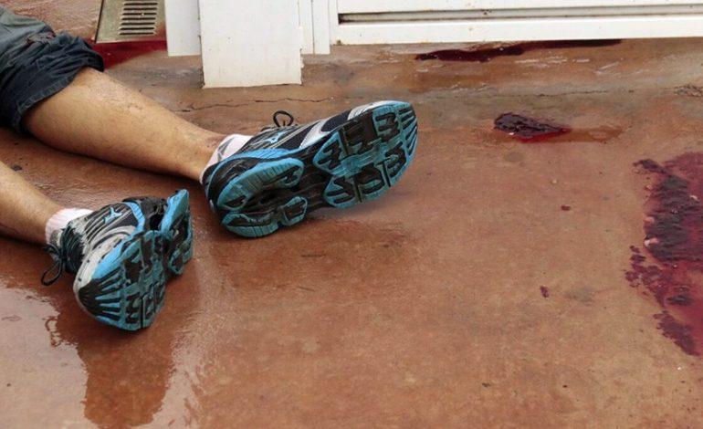 Assaltante morre baleado pelo próprio comparsa ao tentar cometer roubo