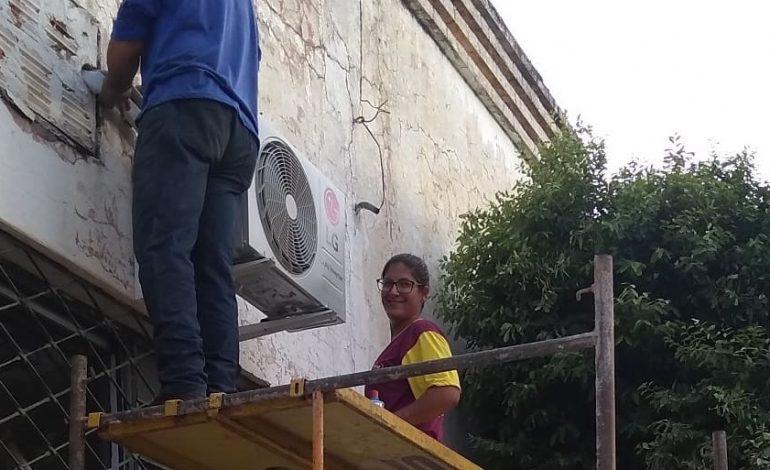Dia delas: técnica em ar condicionado prova que lugar de mulher é onde ela quiser