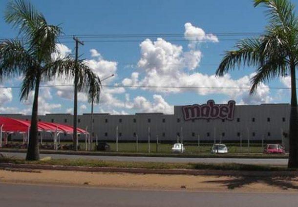 Fábrica de biscoitos fecha e demite todos os 300 funcionários em MS