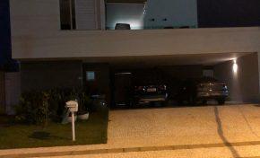 Vizinhos denunciam: em prisão domiciliar, esposa de Giroto promove festas em mansão