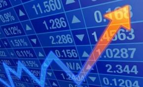 Dólar fecha em alta na 1ª sessão de maio após governo subir IOF